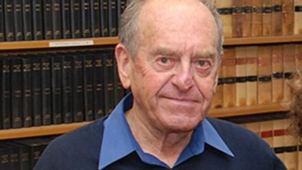 Emeritus Professor Leslie Zines AO