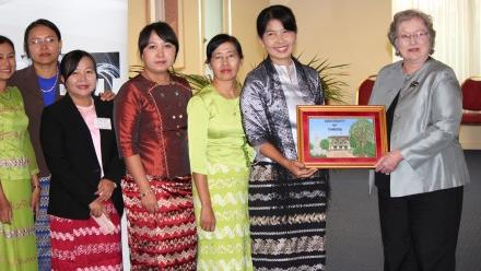 Academics of University of Yangon completed a course at ANU
