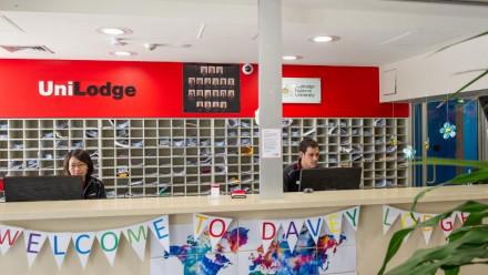 Davey Lodge