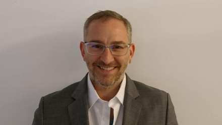 Dr Peter Jonason