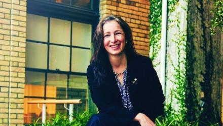 Professor Molly Shoichet