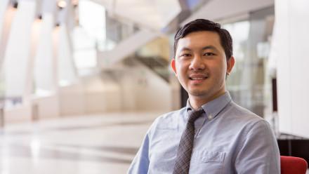 Professor Si Ming Man