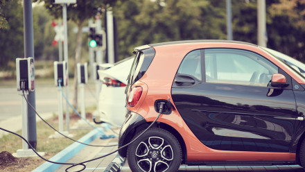 carsharing-electric car_Image by andreas160578 from Pixabay.jpg