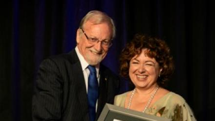 Chancellor Gareth Evans and Alumnus of the Year joint recipient Thérèse Rein