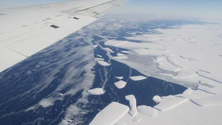 Antarctic Ice Shelf. Image courtesy NASA Goddard Space Flight Center on flickr.