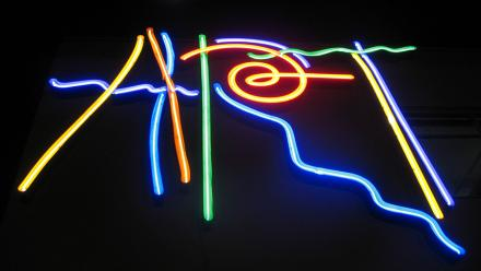 Art neon sign. Image by Shannon Kringen on flickr.