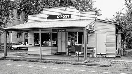 Post office. Image by Ben on flickr.