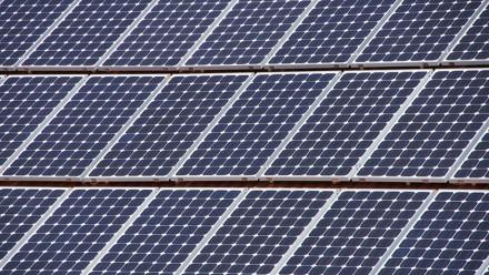 Solar cells. Image courtesy Martin Abegglen on flickr.