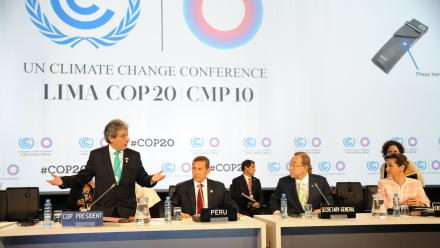 Members of the UN Climate Change conference in Lima. Photo by UNclimatechange on flickr.