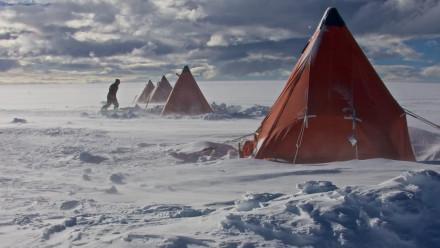 Photo of tents on island in Antarctica