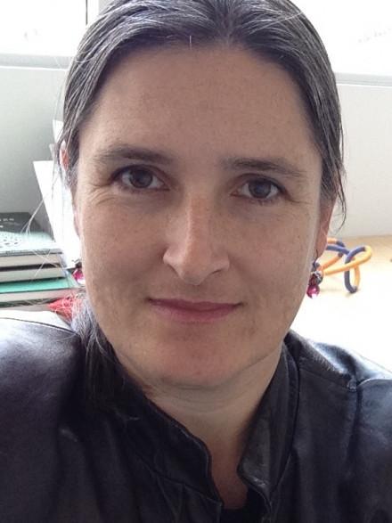Dr Vanessa Robins