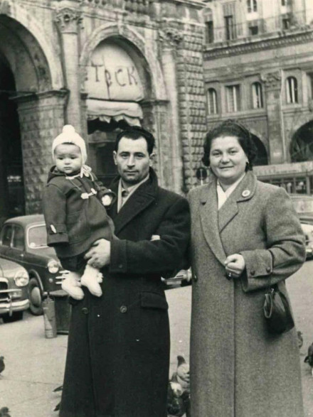 Tina and Tano Salpietro with Antonella as a toddler