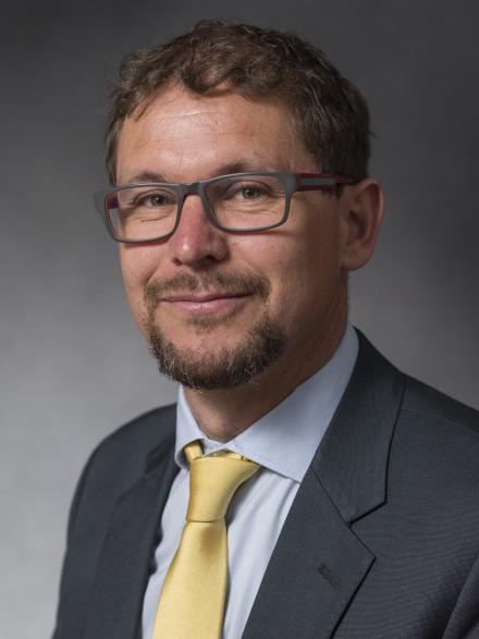 Associate Professor Ben Corry