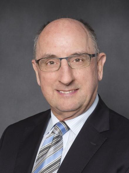 Dr Doug McTaggart