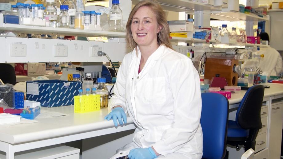Dr Julia Ellyard
