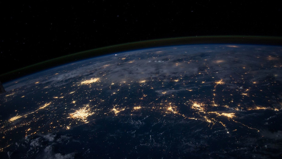 earth lights_image by Free-Photos from Pixabay
