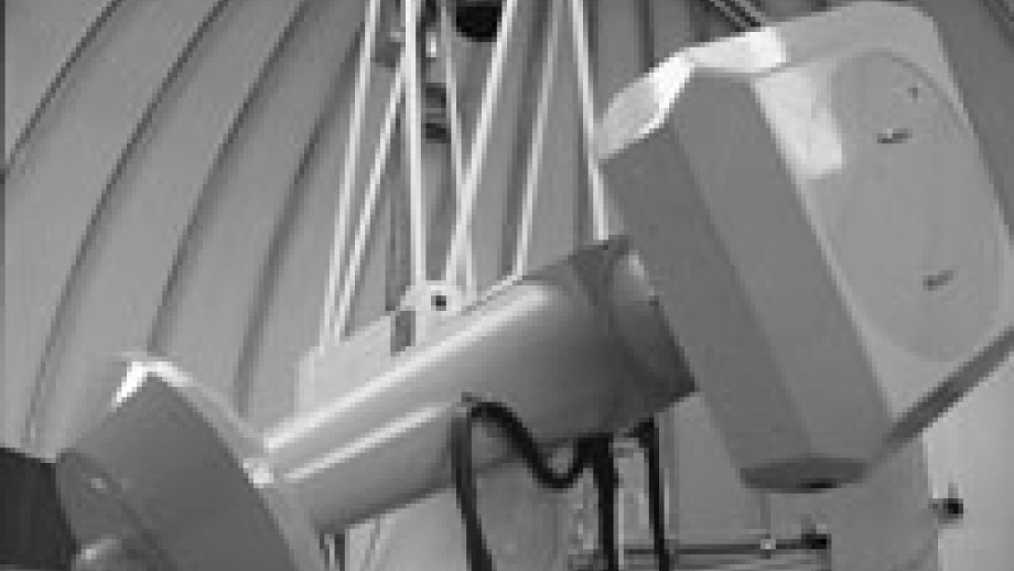 Great Melbourne Telescope in use for MACHO project (Mt Stromlo Archives)