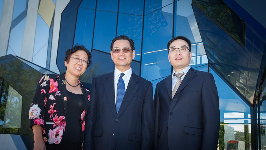 ANU Professor Yun Liu, Vice-Governor of Guangdong Province Yunxian Chen and Guangdong Fenghua Advanced Technology Corporation's Zezhong Li. Image: Stuart Hay.