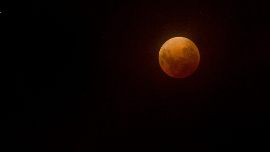The Super Blue Blood Moon that appeared in the night sky on January 31 this year. Credit: Lannon Harley, ANU