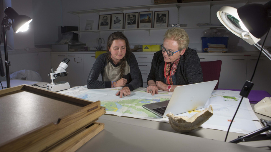 PhD scholar Shimona Kealy (left) and Professor Sue O'Connor from the ANU School of Culture, History and Language. Image credit: ANU