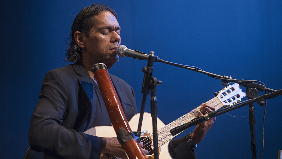 Indigenous musician Will Barton performed live
