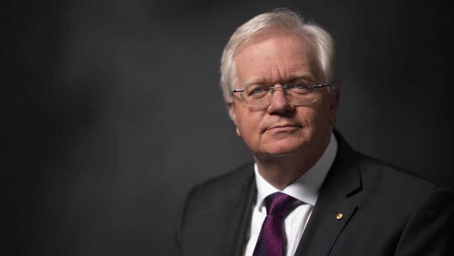 Vice Chancellor Professor Brian P Schmidt