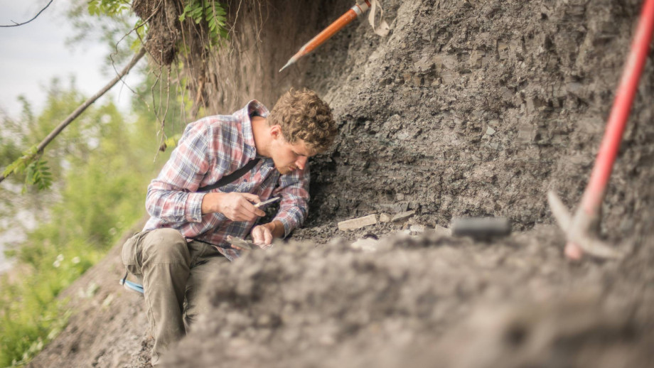 Lead researcher Ilya Bobrovskiy collected samples of Ediacara biota fossils from near the Lyamtsa village in Russia. Image: supplied