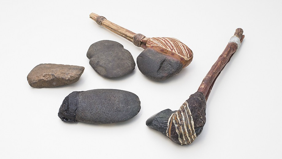 Examples of Australian stone artefacts similar to the one the unearthed fragments would have come from. Image: Stuart Hay, ANU.