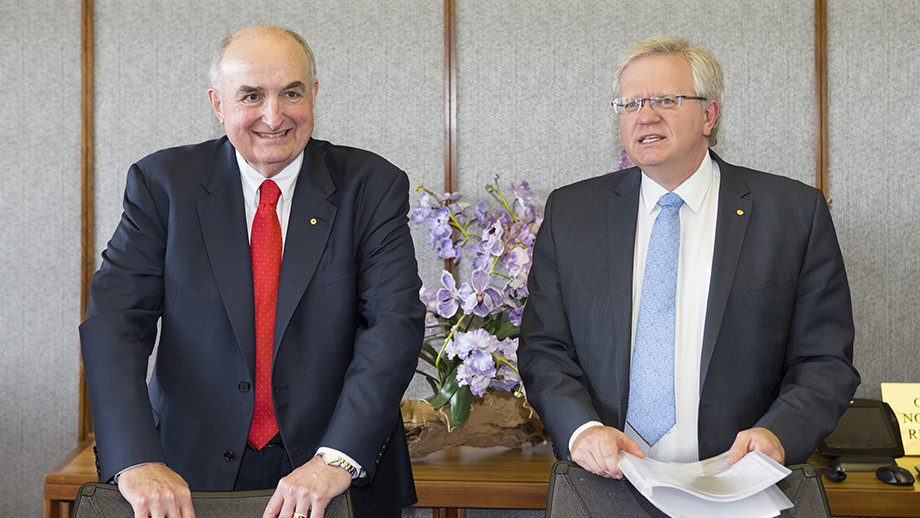 Indiana University President Michael McRobbie and ANU Vice-Chancellor Professor Brian Schmidt. Image: Stuart Hay, ANU.