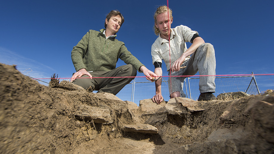 Dr Duncan Wright and ANU archaeology student Jimmy Freeman on site at the Googong school house dig site. Image: Stuart Hay, ANU.