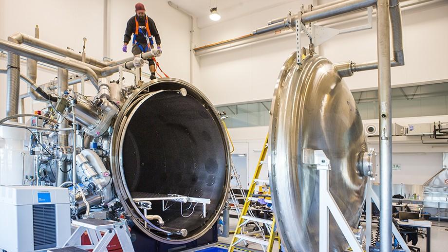 Preparing the Wombat testing chamber. Image Stuart Hay, ANU