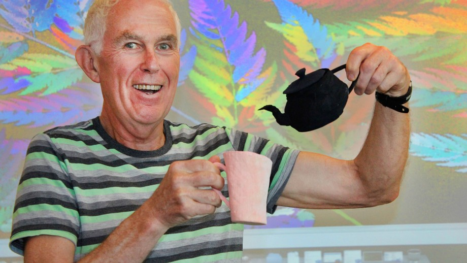 Professor Michael Barnsley with a fractally transformed teacup and pot. Image Phil Dooley, ANU