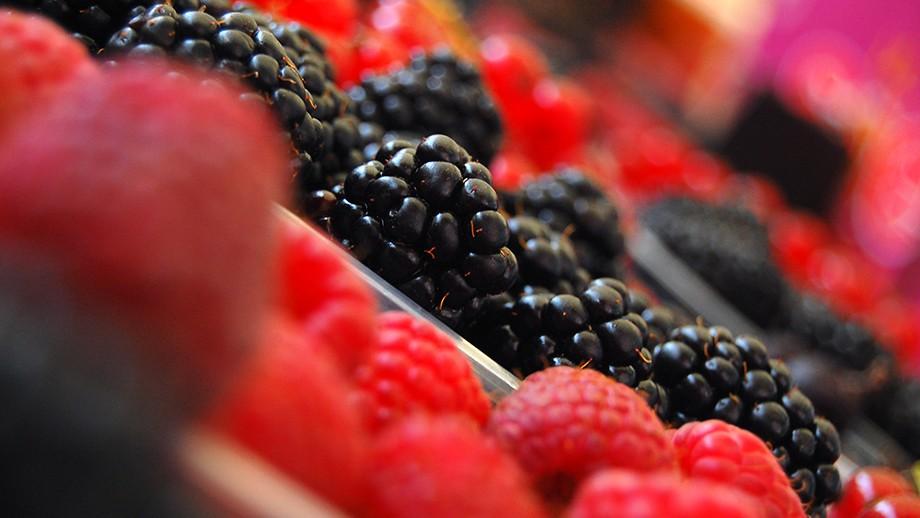 Berries. Image by jayneandd on flickr.