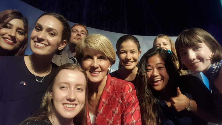 New Colombo Scholars with Foreign Minister the Hon Julie Bishop MP