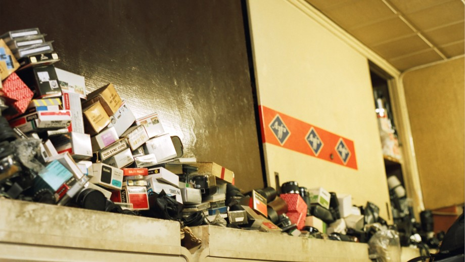 A leading expert on hoarding disorder called for a major rethink in the way hoarding is managed in Australia. Image: Thomas Vandenberghe, Flickr.