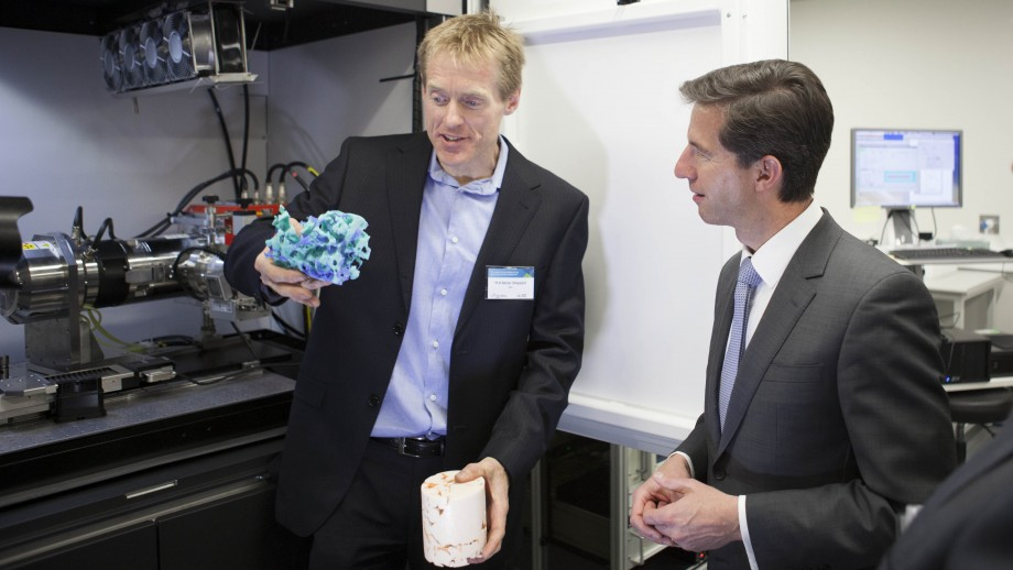 ANU Associate Professor Adrian Sheppard and Minister for Education and Training Simon Birmingham