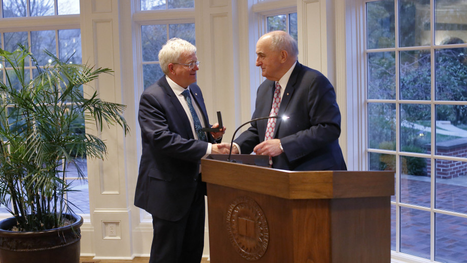 Indiana University President (and ANU alumnus) Michael McRobbie presents Vice-Chancellor Professor Brian Schmidt with the bicentennial medal. Image courtesy NALO.