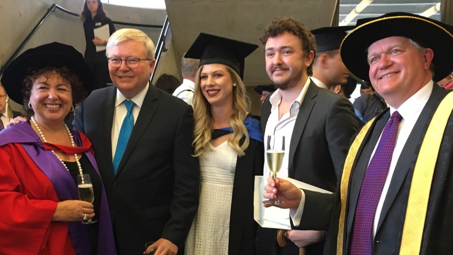 Former Prime Minister The Hon Kevin Rudd and Thérèse Rein at the 2016 Graduation.