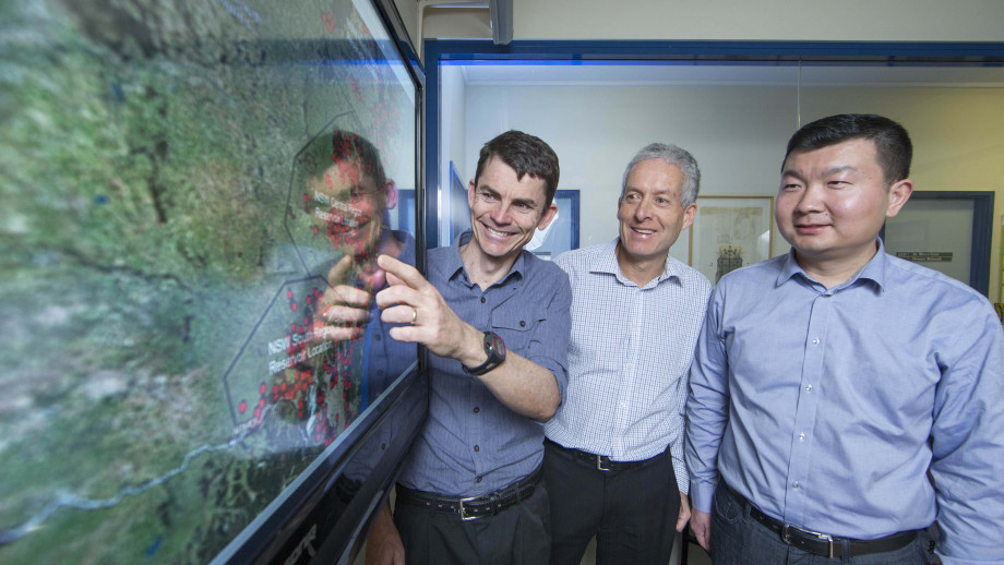Dr Matthew Stocks, Professor Andrew Blakers and their colleague Bin Lu (left to right). Image credit: ANU