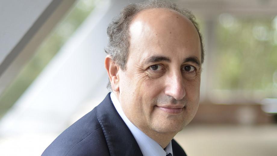 Professor Luis Salvador-Carulla