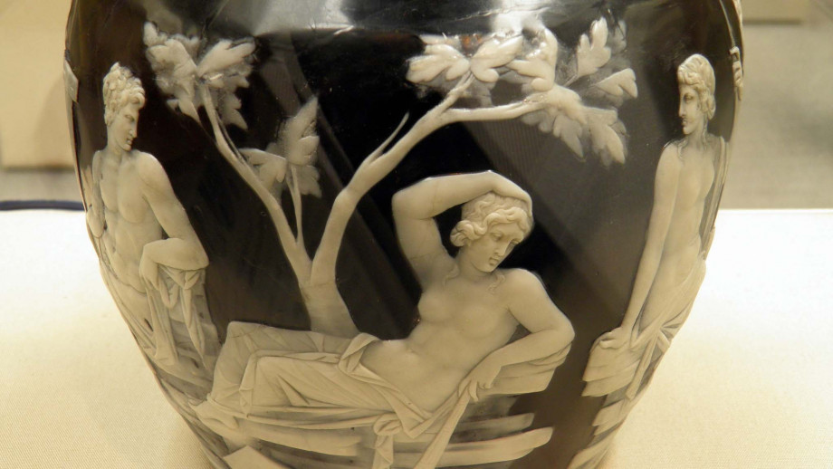 Detail of Roman cameo glass on the Portland Vase at the British Museum. Image: Carole Raddato, Flickr