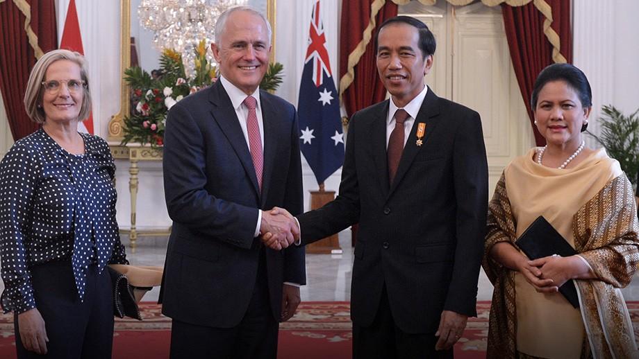 Prime Minister Malcolm Turnbull met with Indonesian President Joko Widodo in 2015. Image courtesy Australian Embassy Jakarta on flickr.