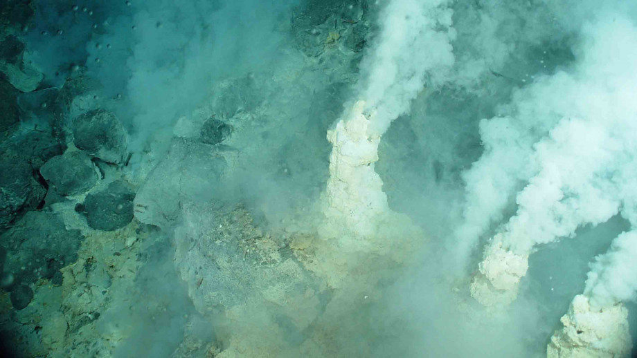 Underwater heat vents. Image: US National Oceanic and Atmospheric Administration