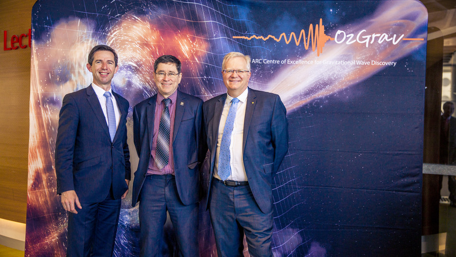 Minister for Education and Training Simon Birmingham, Director of Ozgrav Professor Matthew Bailes and Professor Brian Schmidt.