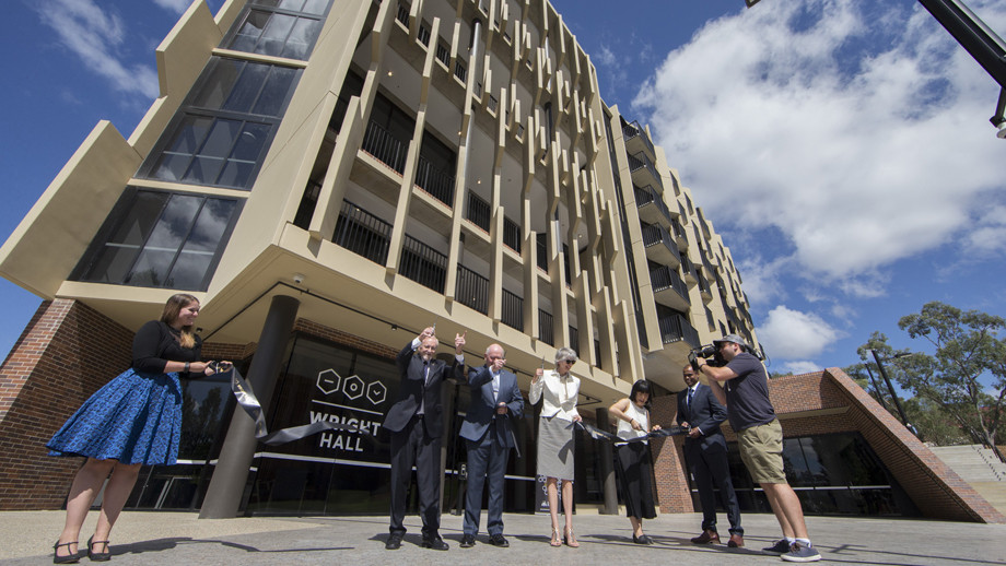 The Chancellor, Governor General, Louise Tuckwell and Wright Hall student president cut the ribbon to open Wright Hall