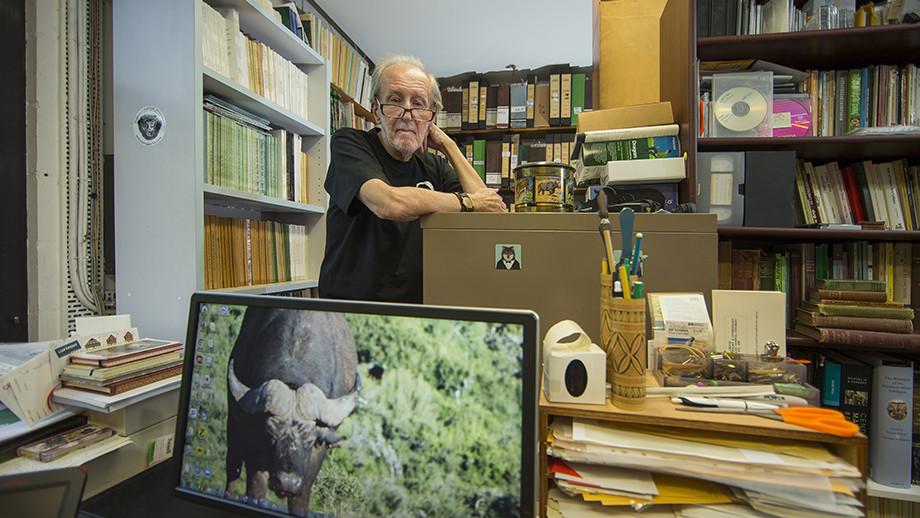 Professor Colin Groves.