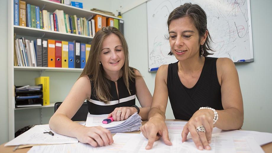 Dr Naomi Clarke (left) and Associate Professor Susana Vaz Nery. Credit: Stuart Hay, ANU
