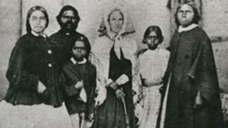 Boandik woman, Annie Brice, far right. Image: State Library of South Australia