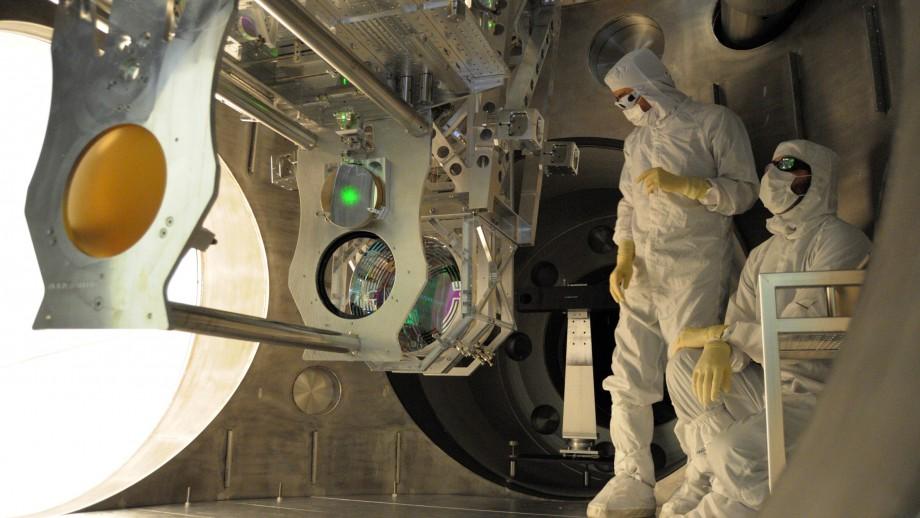 Installing equipment on LIGO. Image: LIGO