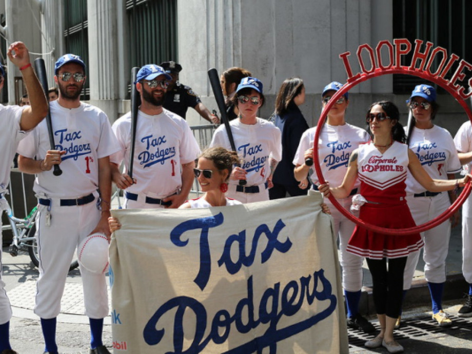 Image of tax activist campaigners by Timothy Krauser from flickr (CC BY 2.0)